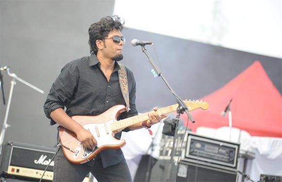Free Online Audios, Videos, Music Artists Booking Services in Delhi IndiaEntertainmentMusiciansEast DelhiLaxmi Nagar
